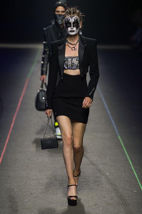 Philipp Plein Spring 2020 Menswear Fashion Show Collection: See the complete Philipp Plein Spring 2020 Menswear collection. Look 5