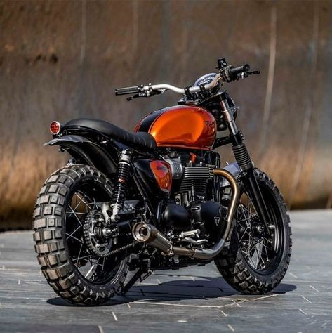 Cafe racers, scramblers, street trackers, vintage bikes and much more. The best garage for special motorcycles and cafe racers. Triumph Scrambler, Triumph Cafe Racer, Triumph Motorcycles, Cafe Racers, Scrambler Custom, Scrambler Motorcycle, Triumph Bonneville, Tracker Motorcycle, Bobber Motorcycle