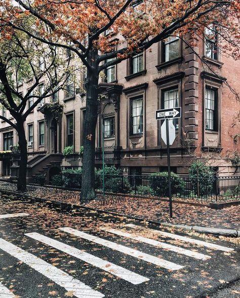 67 super ideas house new york townhouse brooklyn brownstone Brooklyn Brownstone, Brooklyn Bridge, Brooklyn City, Brooklyn House, City Aesthetic, Autumn Aesthetic, Photographie New York, New York City, City Photography