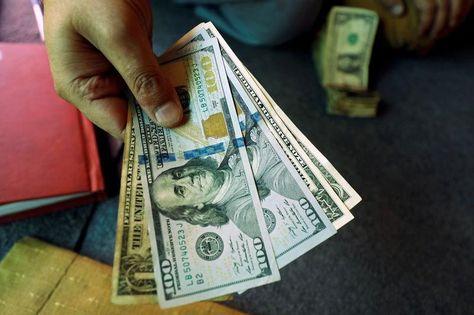 Forex Signals - Dollar Drifts Higher in Thin Trade as Hong Kong Flares up Again