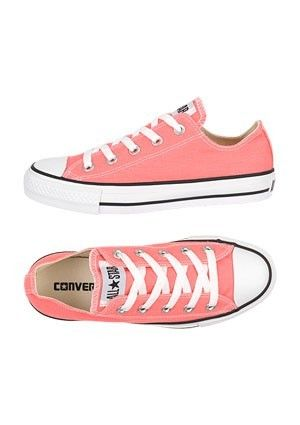 Coral pink converse? Yes and please. | Mis Zapatos
