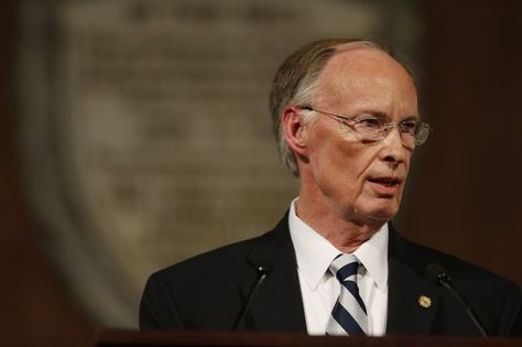 The 4 most eyebrow-raising parts of the crazy affair allegation against Alabama Gov. Robert Bentley