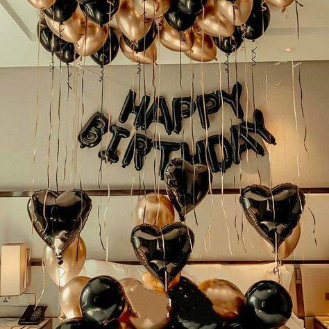 23rd Birthday, 30th Birthday Parties, Cake Birthday, 25th Birthday Ideas For Him, Boyfriends 21st Birthday, 14 Birthday Party Ideas, 60th Birthday Balloons, Gold Birthday Party, Birthday Ideas For Adults