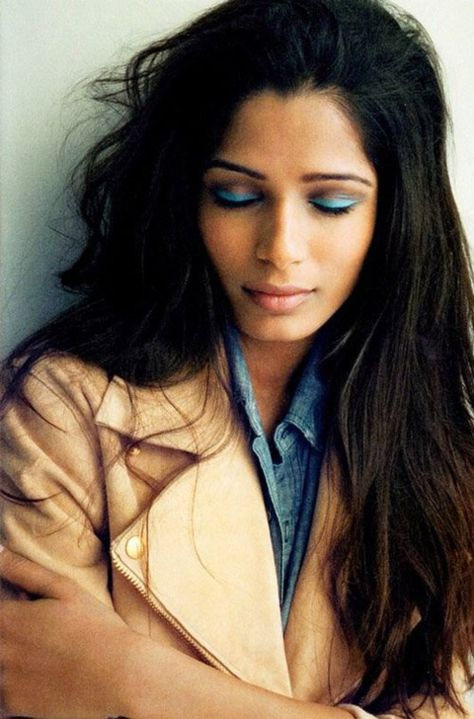bright eye makeup - also, Freida Pinto is the most beautiful woman ever