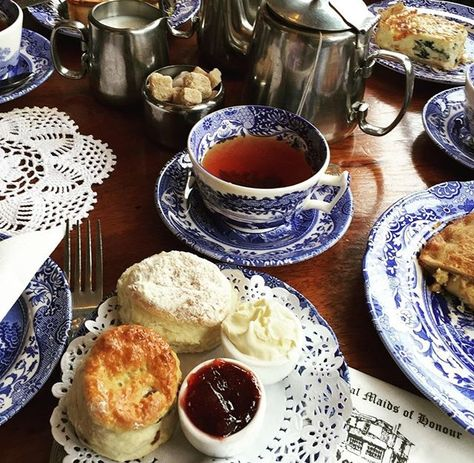Check Out These Simple Cooking Tips! Good Food, Yummy Food, Savarin, Cream Tea, Cuppa Tea, Aesthetic Food, High Tea, Tea Ceremony, Tea Time