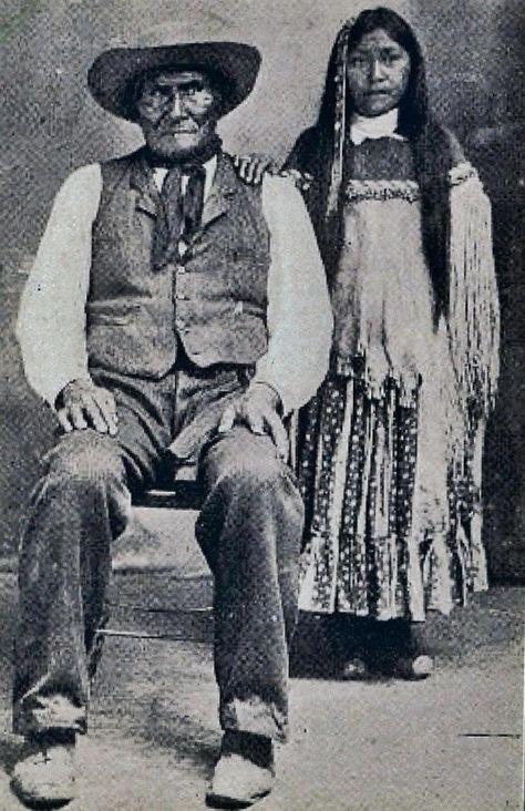 Geronimo & Eva Geronimo, his youngest daughter - Chiricahua Apache - before 1909.