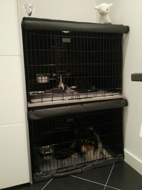 Stacking dogcrates. #dog #organization. 2 dogcrates with piece of wood between the crates. Also bought 2 crate covers. Crates; Beeztees 89 x 66 x 60 Covers; Adori