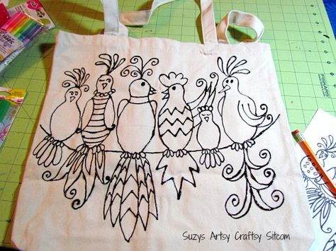 Pretty gossiping birds tote with free pattern! Great project for mom!