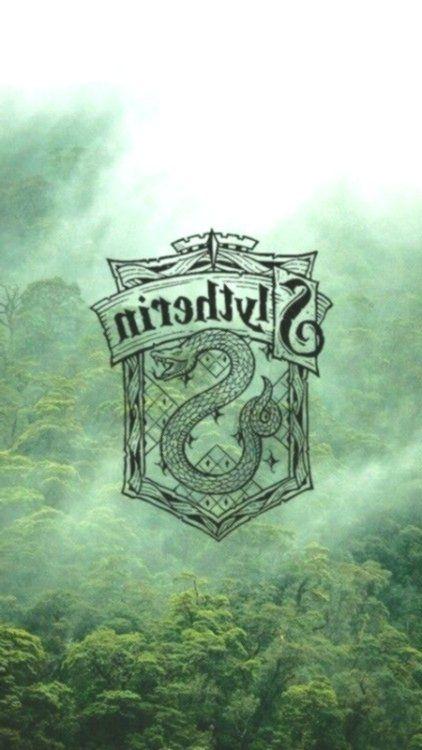 Collection For Potterhead Slytherin Wallpaper En 2020 Fond Ecran Animaux Serpendard Fond Ecran Harry Potter