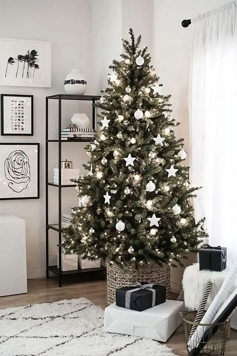 How to Make 30 Of the Most Beautiful Christmas Trees, Which Captivate Us With Their Unique Beauty. Outstanding and Unusual! - Christmas, Home - Handimania