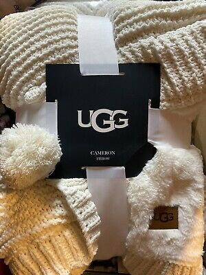 Ugg Cameron Knit Reversible Throw Blanket In Snow Ebay Throw Blanket Faux Fur Throw Blanket Knitted Throws