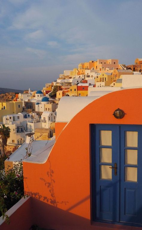 Catching the Sunrise in Oia, Santorini – Around the World in 80 Pairs of Shoes