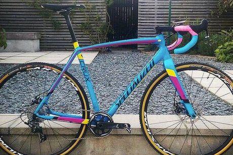 Supacaz Super Sticky Kush Road Bike Handlebar Tape Black//Neon Blue