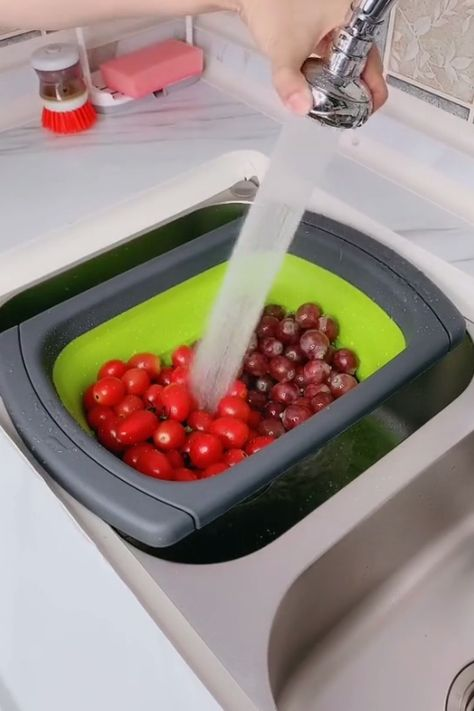 Collapsible Over The Sink Strainer / Dish Drying Rack 😍 #LifeBooster #Kitchen #DryingRack #Strainer