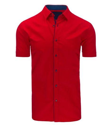 90deda0e38fc Červená pánska elegantná košela s krátkym rukávom. Ľahko zúžená. Zapínanie  na gombíky. Gombík skrytý v goliery. Perfektné pre každú príležitosť.