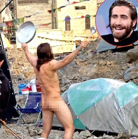 Jake gyllenhaal nude bed, home mom fuck