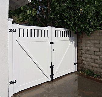 Custom Vinyl Driveway Gates Los Angeles Ca Buy Gates Simi Valley San Fernando Valley Gate Manufacturer Driveway Gate Backyard Gates Driveway Fence