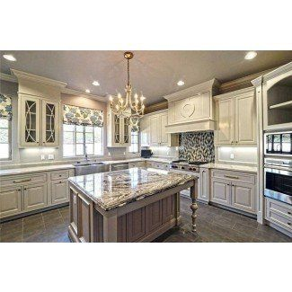Antique White Kitchen Cabinets You X27 Ll Love In 2021 Visualhunt