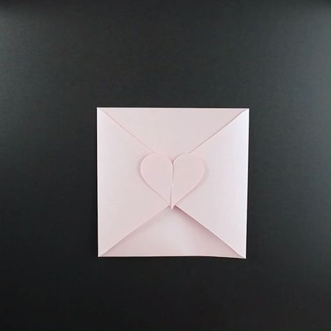 Making heart envelopes for Mother's Day or for the wedding - #Day #envelopes #heart #Ideas #making #Mother39s #wedding