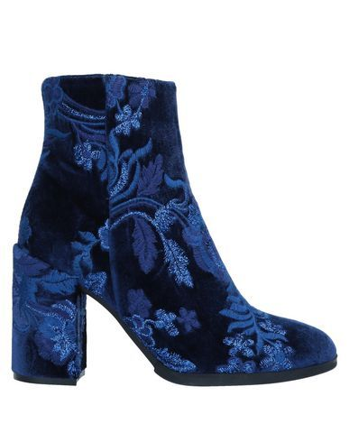 Velvet Lamé Embroidered detailing Solid color Zip Round toeline Square heel Covered heel Leather lining Rubber sole Contains non-textile parts of animal origin Rainboots Cute Shoes, Me Too Shoes, Rain Boots, Shoe Boots, Fashion Shoes, Hijab Fashion, Dream Shoes, Grunge Style, Soft Grunge