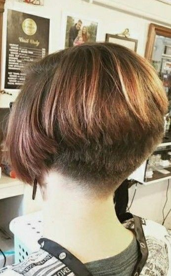 Pin By Tera On Short Wedge Hairstyles Short Wedge Hairstyles Bob Hairstyles Short Stacked Bob Hairstyles
