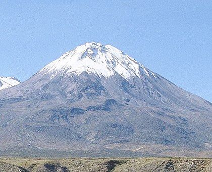 Yucamane Volcano Peru Yucamane Yucamani 2 Or Yucumane 3 Is An Andesitic Stratovolcano In The Tacna Region Of Southern P Subduction Active Volcano Nazca
