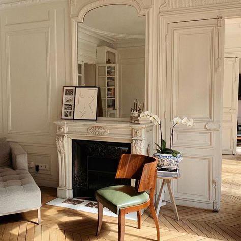Craftsman Home Interior .Craftsman Home Interior Parisian Apartment, Dream Apartment, Parisian Decor, French Apartment, Apartment Layout, London Apartment, Apartment Interior, Apartment Living, Home Living