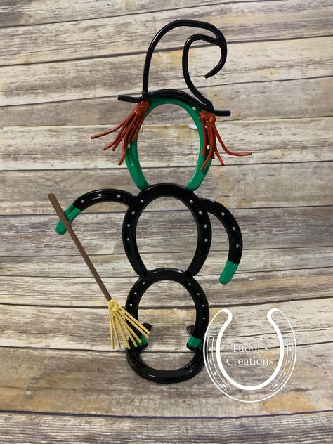 Horseshoe Witch Halloween Holiday Horseshoe Decor Unique Gift Home Decor Decoration Farmhouse Western Rustic Fall Spooky by TudorsCreations on Etsy Welding Art Projects, Welding Crafts, Diy Welding, Blacksmith Projects, Metal Projects, Metal Crafts, Welding Ideas, Metal Welding, Welding Tools