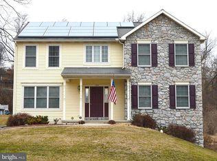 314 900 3400 As Ft 135 Bullrush Ldg Elizabethtown 0 72 Acre House Styles Elizabethtown Home And Family