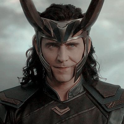 + · ღ 𝑴𝒂𝒚𝒐𝒓𝒊… # Fanfic # amreading # books # wattpad Marvel Photo, Loki Thor, Tom Hiddleston Loki, Marvel Avengers, Marvel Kids, Iconic Characters, Marvel Characters, Marvel Movies, Lady Loki