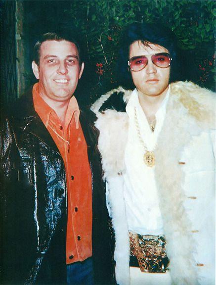 Elvis Presley & former Mayor Bill Morris    Elvis in 2019   Elvis