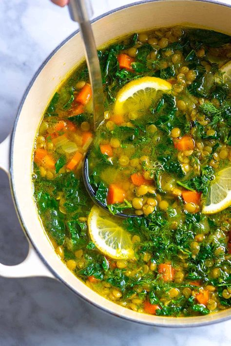 Meet my go-to lentil soup recipe! I make this soup with lentils carrots turmeric and fresh lemon whenever I'm in need of some healthy comfort food. It's savory satisfying and utterly delicious. Lentil Soup Recipes, Vegetarian Recipes, Healthy Recipes, Kale Lentil Soup, Soup With Lentils, Healthy Lentil Soup, Vegan Detox Soup, Brown Lentil Soup, Vegan Bean Soup
