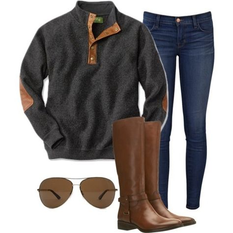 Boyfriend pullover, dark washed skinny jeans, aviators, and leather brown boots. Nice combination.
