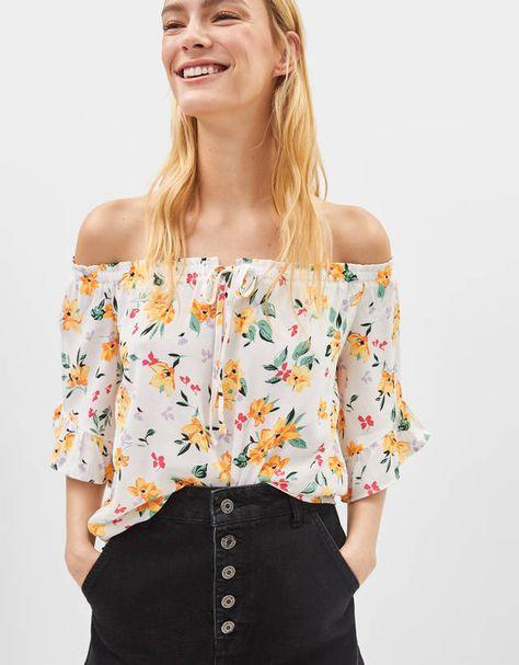 eaae8556d Women's T-shirts - Summer Sale 2019   Bershka