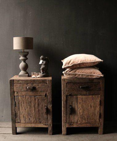 Spiksplinternieuw Oud driftwood houten kastje oftewel nachtkastje (met afbeeldingen SF-67