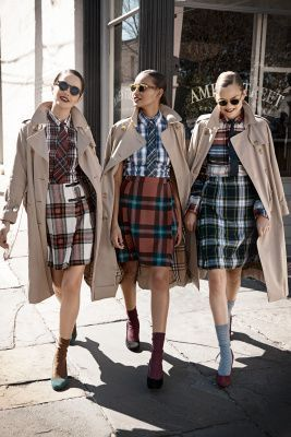 All plaid ensembles for spring with khaki trench coats
