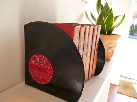 Record Bookends Handmade from 12 Vinyl di WhenTheMusicsOver