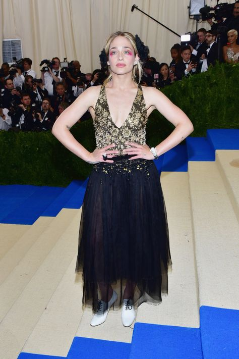 1caff125eac All That Glitters  The Best Jewelry and Accessories From the Met Gala