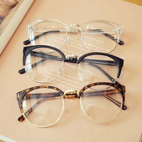 Cheap transparent Spectacle frame Anti-fatigue for cat eyes men's Glasses women Oculos De Grau masculino Retro Vintage eyewear อยาพลาด ซอวนน Transparent Glasses Frames, Glasses Frames Trendy, Fake Glasses, New Glasses, Cat Eye Glasses, Glasses Style, Cool Glasses, Types Of Glasses Frames, Glasses For Men