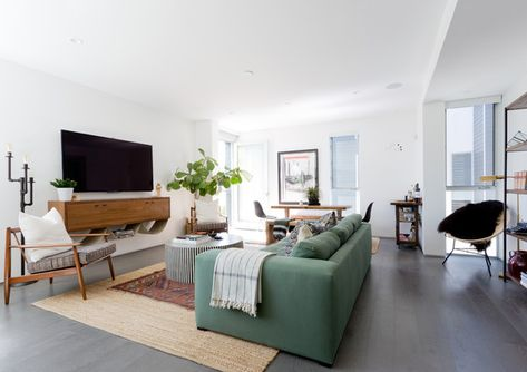 Warming Up - Pierce Brown's Bachelor Pad Brings The Drama To A Cali Cool Space - Photos