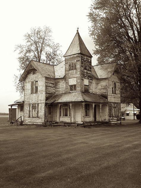 Napoleon, Ohio  ~ Abandoned