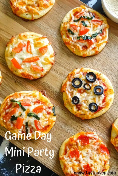 Mini Party Pizza: Super Bowl Finger Food!, #Bowl #Finger #food #mini #party #Pizza #Super #SuperBowl2019 #SuperBowldecorations #SuperBowlfood #SuperBowlfunny #SuperBowlgames #SuperBowlnfl #SuperBowloutfit #SuperBowlparty #SuperBowlquotes #SuperBowlsnacks