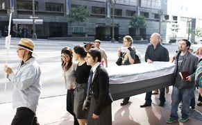 Protesters Stage Funeral Procession Of Free Artistic Expression In La Against Smithsonian Censorship National Portrait Gallery Anti Christianity Smithsonian