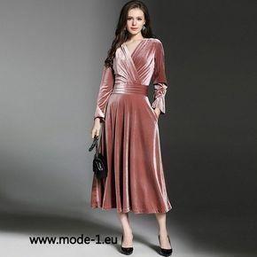 Langarm Damen Samt Kleid Wadenlang In Rosa Irina Gajko Damen Kleid Langarm Rosa Samt Wadenla Vestido Manga Longa Vestido Inverno Vestidos Compridos