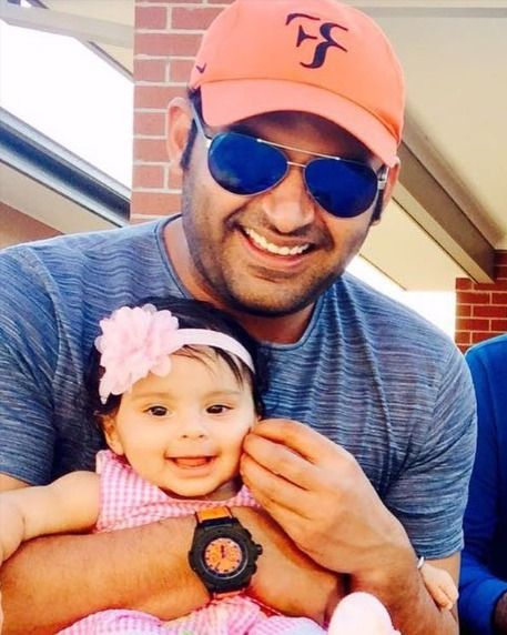 Kapil Sharma shares first glimpse of his daughter in 2020 (With ...