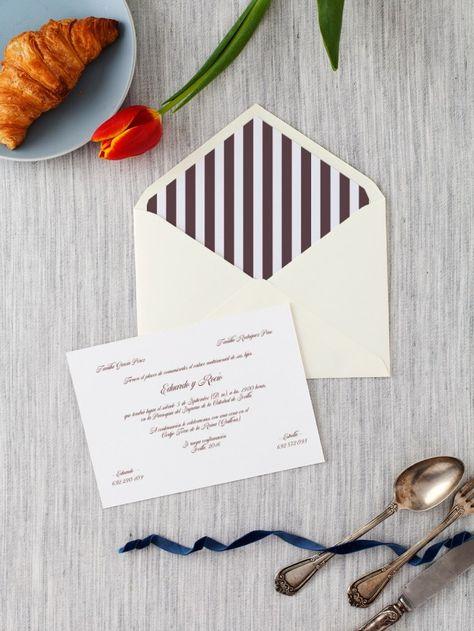 A la hora de casarse toda planificación es poca. Por ello, si buscas tener una boda cuidada hasta el más mínimo detalle, no dudes en tener en cuenta aspectos más allá de la propia ceremonia como por ejemplo, las invitaciones. #boda #invitaciones #novios #wedding