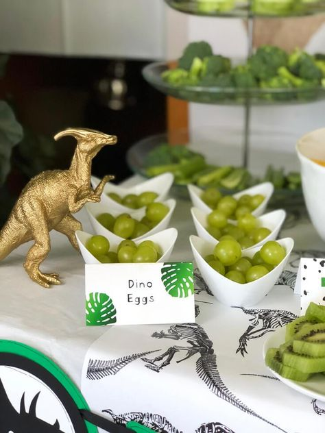 "Dinosaur Birthday Party Ideas Green grape ""dino eggs"" make all the herbivores happy! Simple editable Dinosaur party food labels take the party up a notch! Available from the HalfpintPartyDesign shop on Etsy. See all the dinosaur birt Park Birthday, Fourth Birthday, Dinosaur Birthday Party, 4th Birthday Parties, Dinosaur Party Games, Boys 1st Birthday Party Ideas, 3 Year Old Birthday Party Boy, Dinasour Birthday, Toddler Boy Birthday"