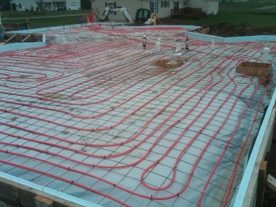 Concrete Floor Heating Has Many Advantages Over Other Types Of Heating Systems Learn Why Radiant Heat In Yo Radiant Heat Concrete Floors Hydronic Radiant Heat