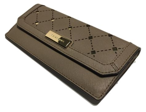 d3d2b7b07a93 Free shipping and guaranteed authenticity on Michael Kors Jamey Slim Flap  Clutch Wallet Saffiano Leather at Tradesy. Michael Kors Jamey Slim Flap  Clutch ...