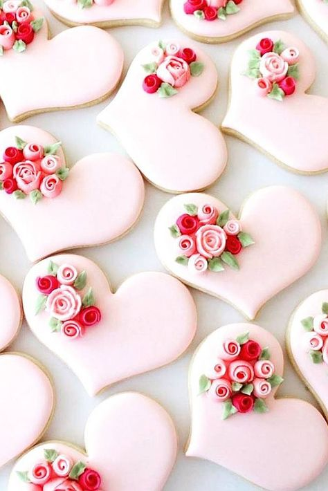 36 Wedding Cake Cookies Decor Ideas ♥ Mini cakes made of cookies are a great choice to treat every guest to a whole wedding cake and not only a cake. Check yourself and get inspired! #wedding #bride #weddingcake #WeddingCakeCookies